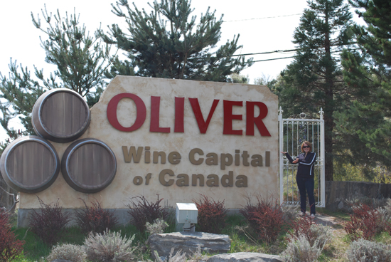 amber-with-oliver-sign